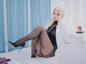 [完美身材]rioko凉凉子 NO.057 透视装的校医大姐姐[48P421MB]